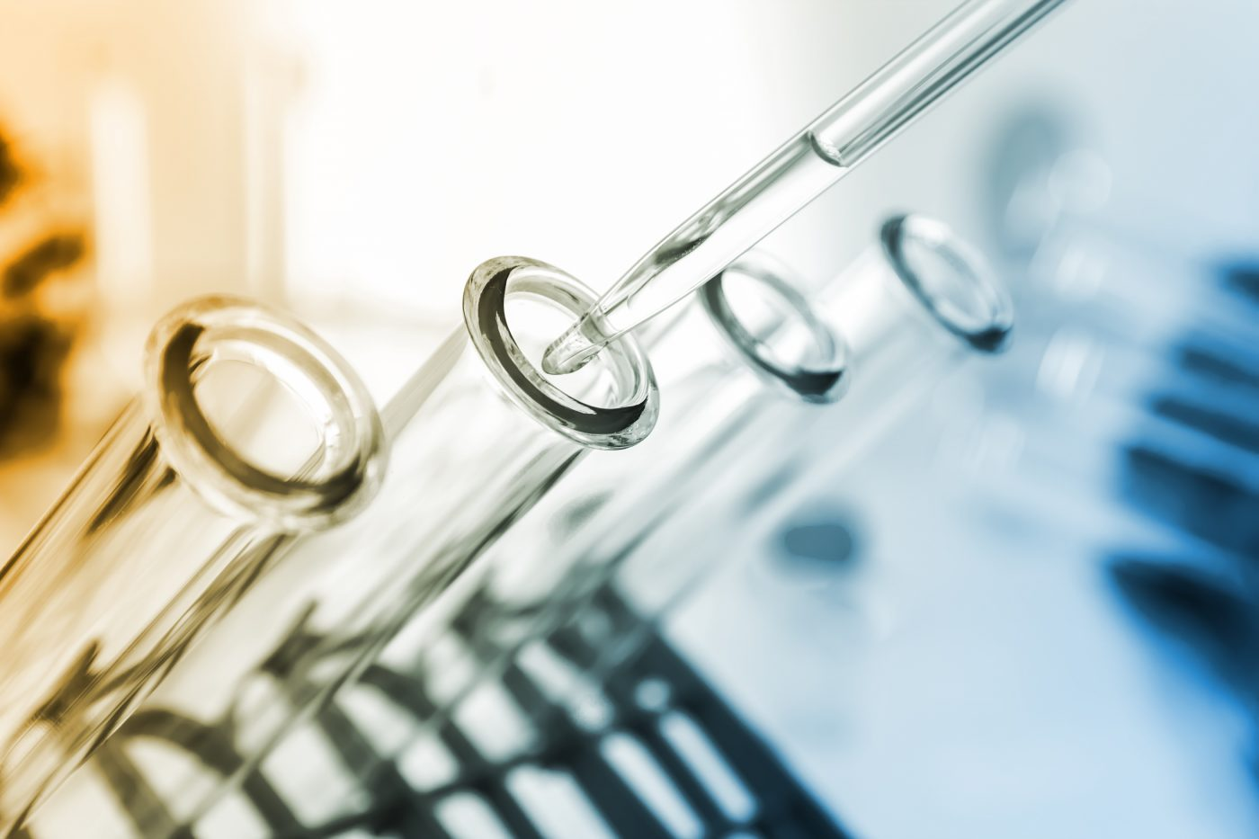 Researchers Examine Combination Chemotherapy in Patients With Advanced Prostate Cancer
