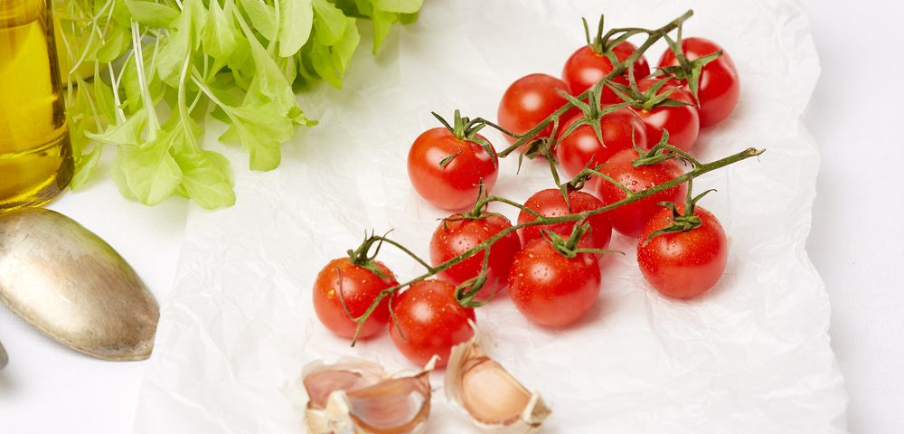 Tomato Intake Reduces Prostate Cancer Risk, Review of Several Studies Says